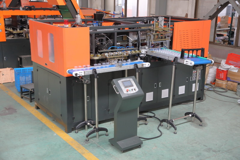 Orange 36KW Fully Automatic Pet Bottle Blowing Machine With Computer Control